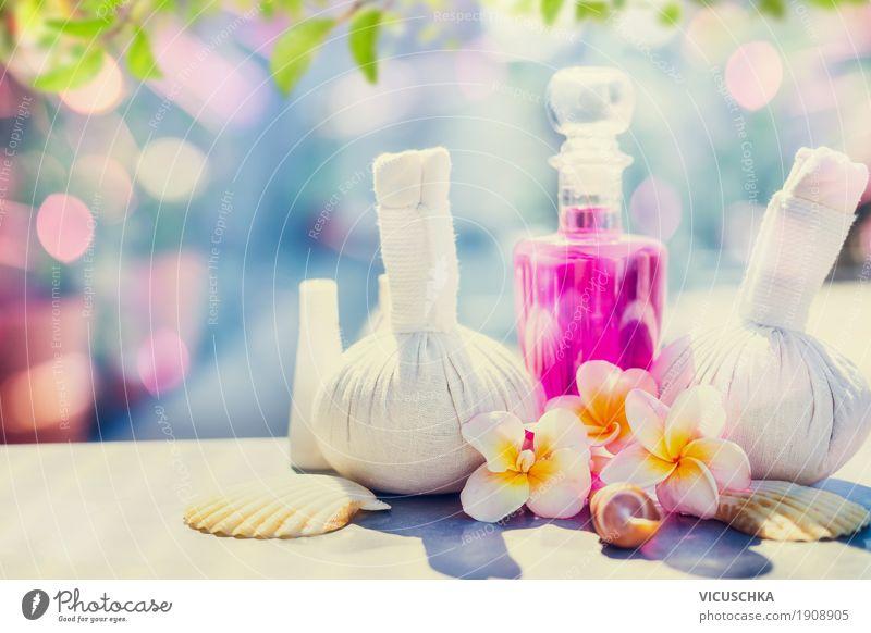 Spa-und Körperpflege mit tropische Blumen Lifestyle Stil Kosmetik Gesundheit Behandlung Wellness Kur Massage Ferien & Urlaub & Reisen Sommer Sommerurlaub Sonne