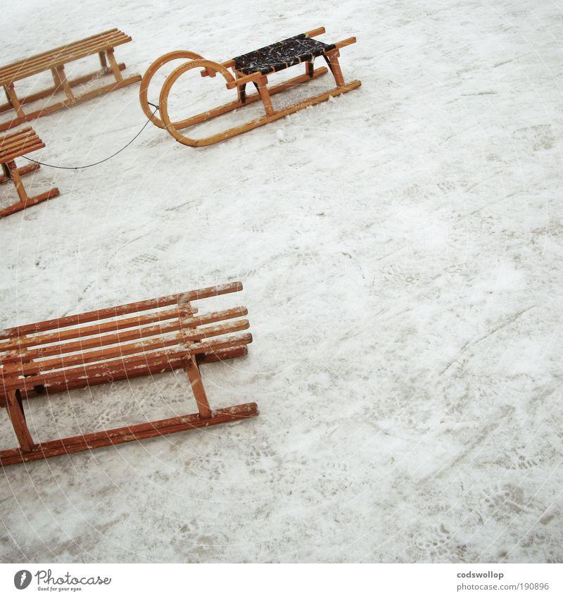 parking Freude Winter kalt Eis Pause Schlitten Alster Eisfläche Rodeln Rodel