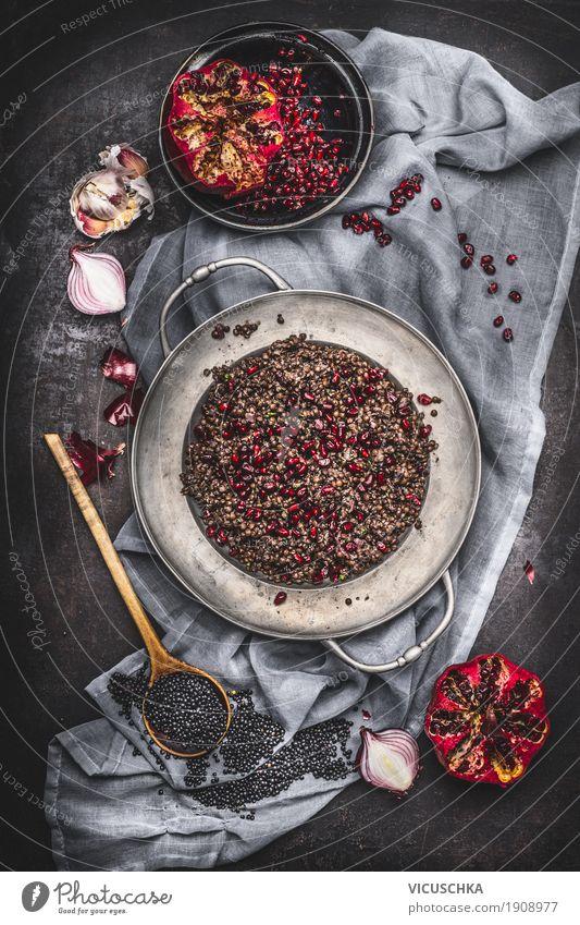 Vegetarischer schwarzen Linsen Salat mit Granatapfel Sommer Gesunde Ernährung Essen Stil Lebensmittel Design Frucht Kräuter & Gewürze Getreide Bioprodukte