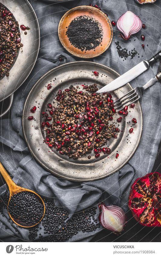 Gesunder Schwarze Beluga Linsensalat mit Granatapfel Gesunde Ernährung schwarz Leben Gesundheit Stil Design Frucht Häusliches Leben Tisch Kräuter & Gewürze
