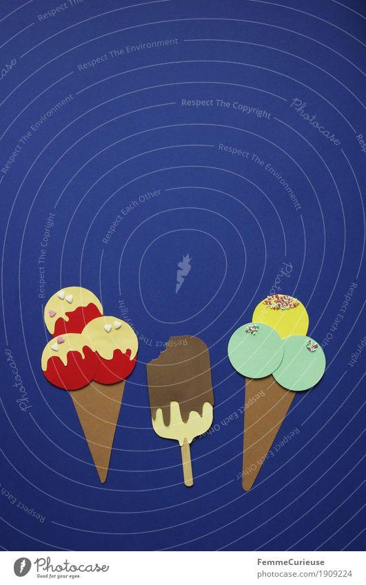 Eis_02 blau Sommer Essen Ernährung genießen Speiseeis süß Papier gefroren Bioprodukte Dessert Schokolade Picknick Zucker Karton