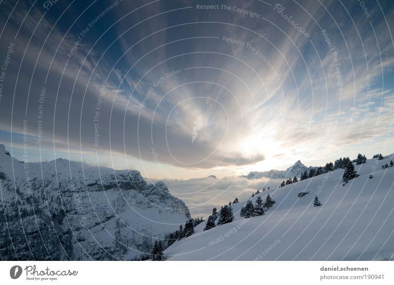 Apres Ski Himmel blau weiß Ferien & Urlaub & Reisen Winter Einsamkeit Wolken Ferne Erholung Schnee Berge u. Gebirge Freiheit Ausflug Tourismus Alpen Schönes Wetter