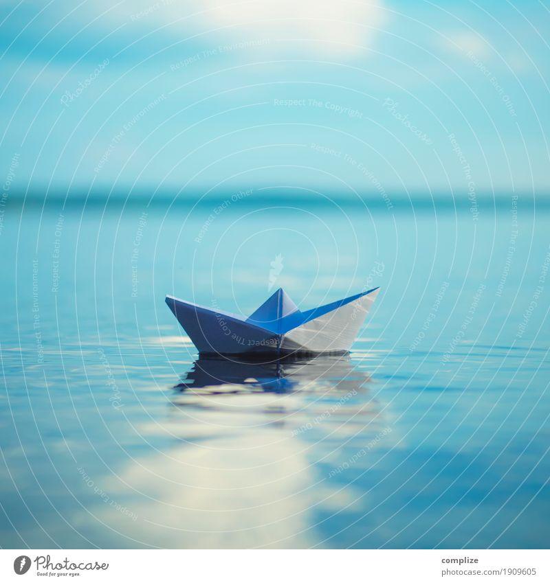 small Paper Boat Himmel Ferien & Urlaub & Reisen Sommer Wasser Sonne Meer Erholung ruhig Freude Strand Reisefotografie Küste Gesundheit Freiheit