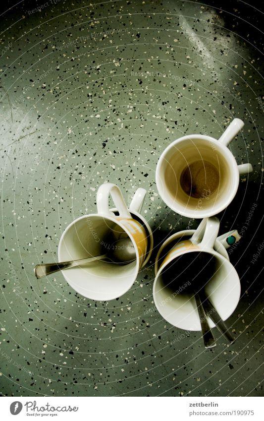 Abwasch dreckig Beruf Kaffee Küche Tasse Stapel Getränk Textfreiraum Haushalt Löffel Geschirrspülen Keramik Kaffeetasse Strukturen & Formen Besteck Pflicht