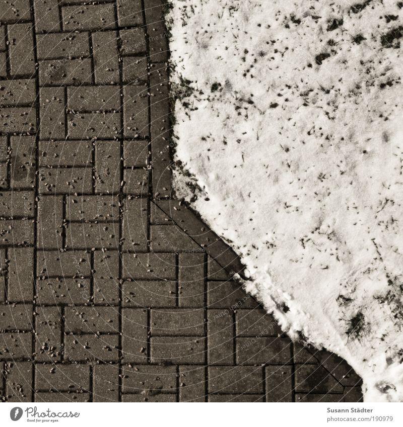 vorbildlich Winter Wiese Schnee Garten Stein Park Ordnung Klima Sicherheit trocken Muster Pflastersteine graphisch Konkurrenz Kieselsteine verteilen