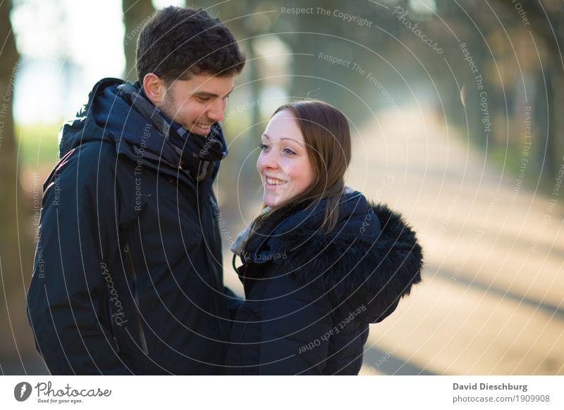 Einfach glücklich sein Mensch Jugendliche Junge Frau Junger Mann Winter 18-30 Jahre Erwachsene Leben Liebe Herbst Frühling feminin Glück Garten Paar