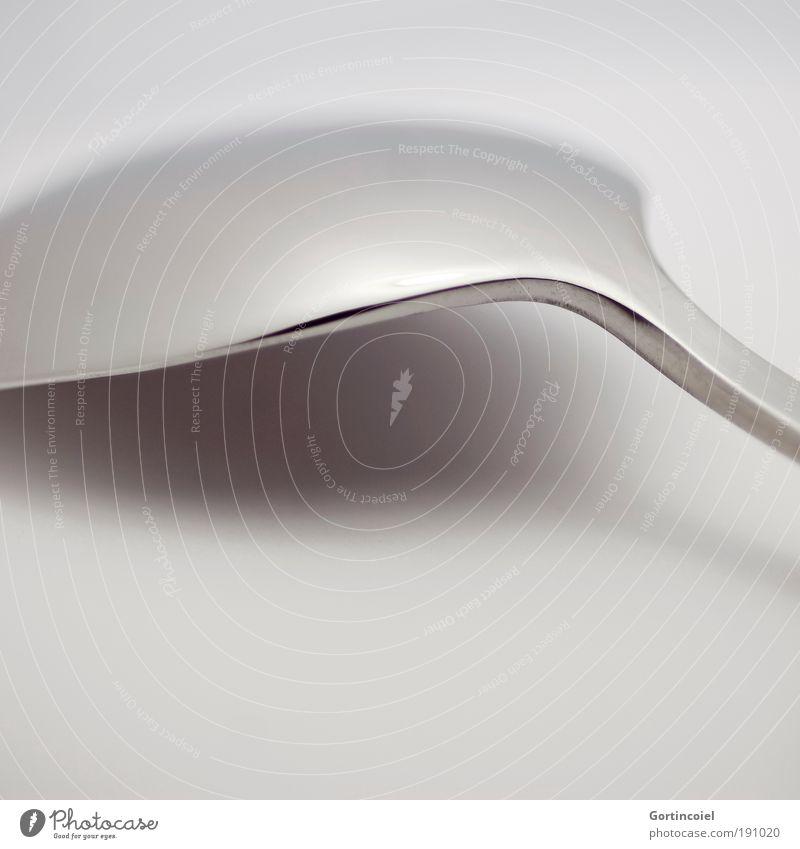 Formschön Ernährung Besteck Löffel elegant Stil Design Metall Linie Strukturen & Formen grau silber glänzend Glanzlicht dunkel hell schimmern Lichtspiel