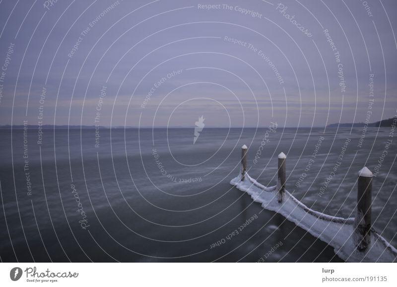 Meer Se(h)en Natur Wasser Himmel Winter Ferien & Urlaub & Reisen ruhig Wolken Einsamkeit Ferne Erholung Freiheit See Landschaft Eis Wind
