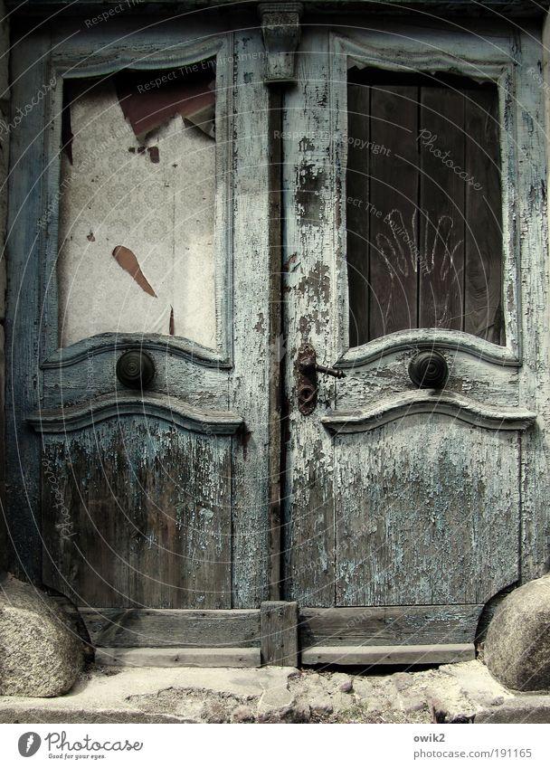 Zerwohnt alt Einsamkeit Haus Architektur Gebäude Tür elegant Wohnung Design Gefühle Häusliches Leben Vergänglichkeit Bauwerk Vergangenheit Stress Ruine