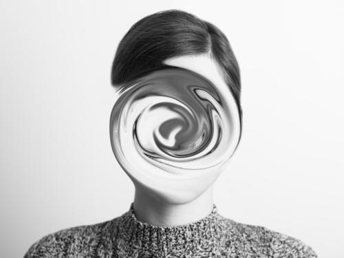 Abstraktes Frauenschwarzweiss-portrait des Verwirrungs-Konzeptes Gesicht Mensch feminin Junge Frau Jugendliche Erwachsene Kopf 1 18-30 Jahre brünett kurzhaarig