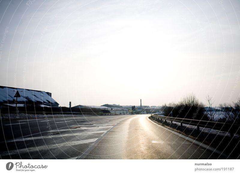 irgendwo Ferne Freiheit Winter Umwelt Klima Wetter Eis Frost Schnee Verkehr Verkehrsmittel Verkehrswege Straßenverkehr Autofahren Wegkreuzung Autobahn