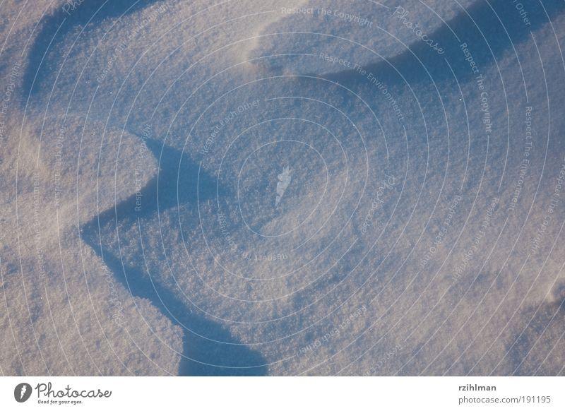 Zeichnung aus Wind und Schnee Natur weiß Sonne ruhig Winter kalt Landschaft träumen Wellen Feste & Feiern Klima Frost Wasser Außenaufnahme