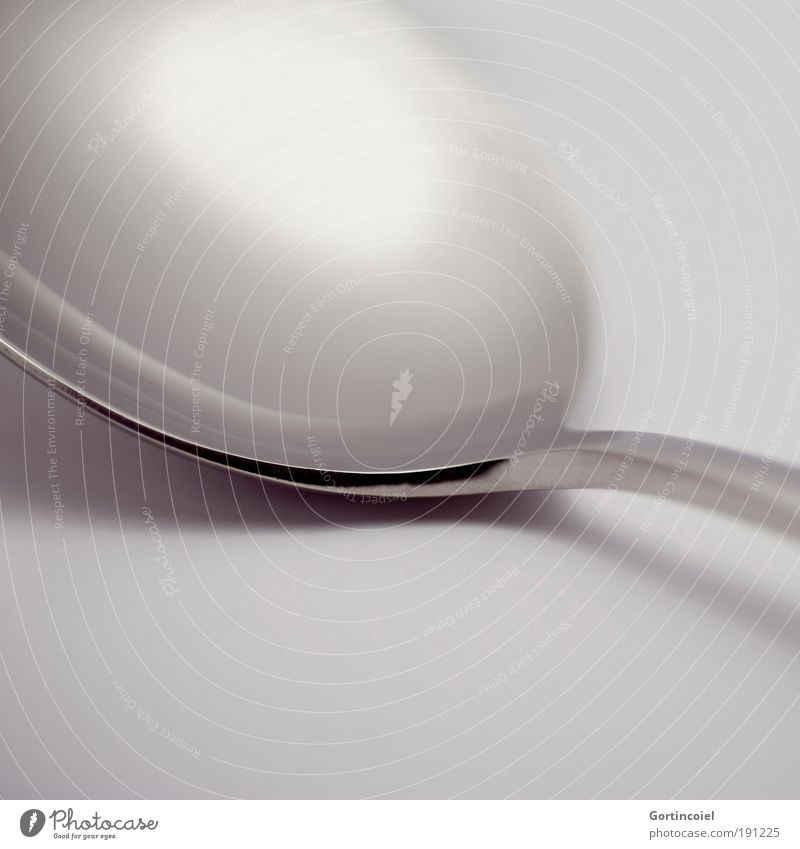 Reflections Ernährung Besteck Löffel elegant Stil Design Metall Linie Strukturen & Formen grau silber glänzend Glanzlicht dunkel hell schimmern Lichtspiel