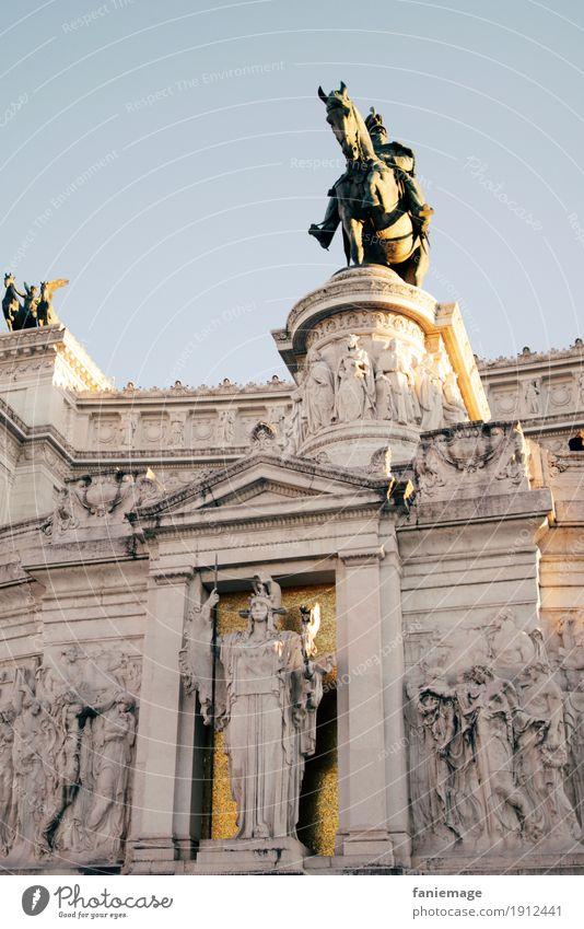 Roma II Kunst Museum Architektur Kultur Stadt Hauptstadt Stadtzentrum Bauwerk Gebäude Sehenswürdigkeit Wahrzeichen Denkmal Ferien & Urlaub & Reisen Italien