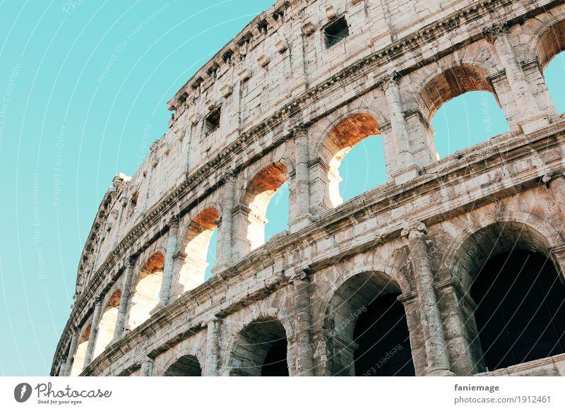Roma XII Ferien & Urlaub & Reisen Tourismus Abenteuer Sightseeing Städtereise Kultur Stadt Hauptstadt Stadtzentrum Altstadt Sehenswürdigkeit Wahrzeichen