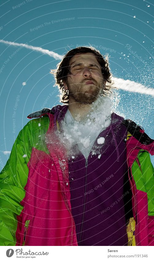 IN YOUR FACE! Wintersport maskulin Junger Mann Jugendliche Erwachsene Brust 1 Mensch 18-30 Jahre Schönes Wetter T-Shirt Pullover Jacke Stimmung Freude