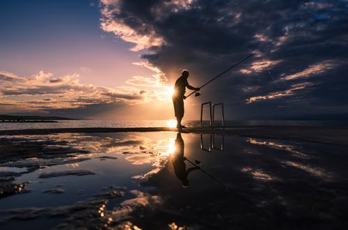 Hoffnung auf den großen Fang Mensch Sommer ruhig Bewegung Sport Freizeit & Hobby maskulin frei träumen ästhetisch Erfolg warten Schönes Wetter Fisch
