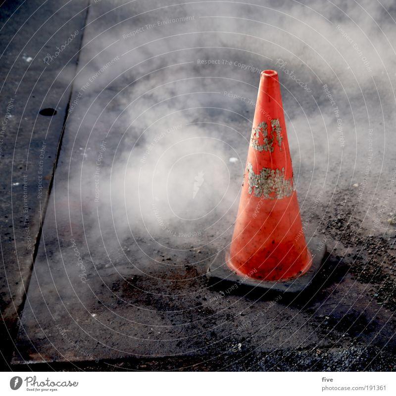 spitz pass auf Straße Wege & Pfade Arbeit & Erwerbstätigkeit Verkehr dreckig USA Amerika Wasserdampf Teer bevölkert Verkehrsschild Verkehrszeichen New York City