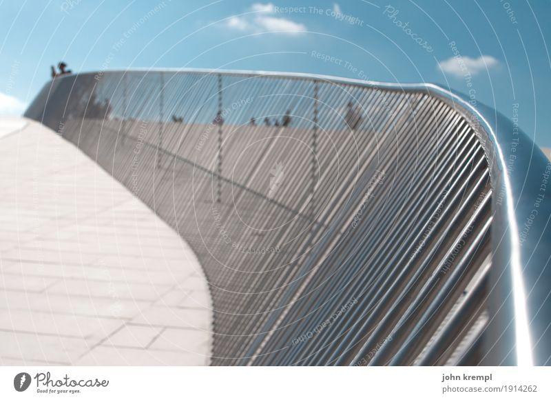 """Strandharfe Lissabon Hauptstadt Platz Bauwerk Museum Terrasse Geländer Sehenswürdigkeit """"Museu de Arte Arquitetura e Tecnologia"""" elegant glänzend maritim modern"""