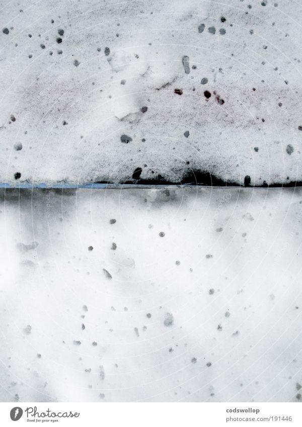 larmes dans la neige Winter Schnee kalt Tauwetter schmelzen abstrakt trist Farbfoto Außenaufnahme Blick nach unten Tag