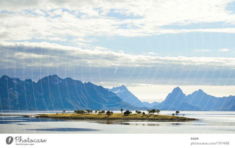 Die Insel Natur schön Ferien & Urlaub & Reisen Meer Wolken ruhig Ferne kalt Berge u. Gebirge träumen warten Insel Tourismus Ziel Reisefotografie Norwegen