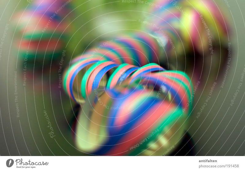 Rosenmontag 2010 blau grün rot Freude gelb Party Feste & Feiern Tanzen Glas liegen Blume Häusliches Leben Silvester u. Neujahr Karneval Lebensfreude blasen
