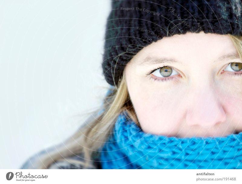 Klarer Blick Mensch feminin Junge Frau Jugendliche Haut Kopf Haare & Frisuren Gesicht Auge Nase 1 18-30 Jahre Erwachsene Winter Eis Frost Mantel Schal Mütze