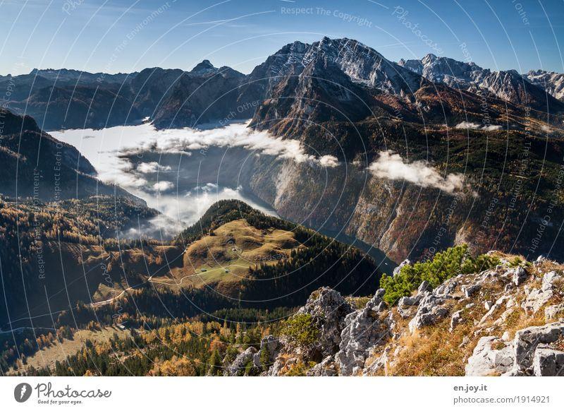 aufgelöst Natur Ferien & Urlaub & Reisen Landschaft Wolken Ferne Berge u. Gebirge Herbst Freiheit See Tourismus Felsen Horizont Nebel Ausflug wandern hoch