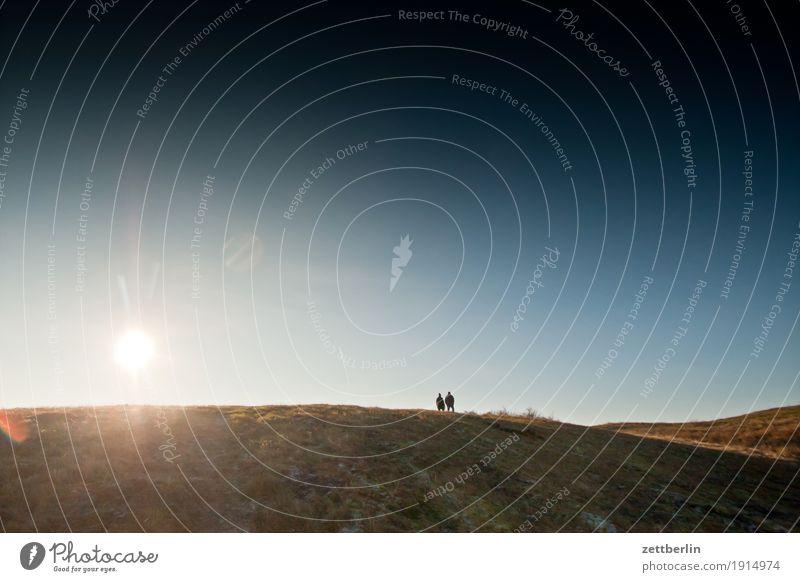 Naturschutzgebiet Zickersche Berge Mensch Himmel Natur Ferien & Urlaub & Reisen Himmel (Jenseits) Sonne Landschaft Erholung Ferne Winter Herbst Wiese Gras Paar Horizont Textfreiraum