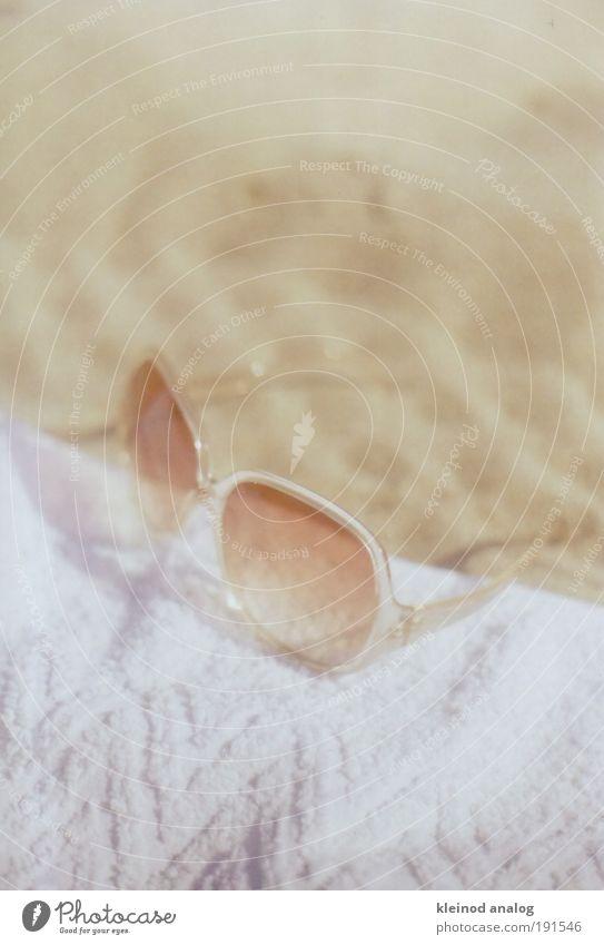 spiaggia weiß Sonne Meer Sommer Strand gelb Wärme Sand gold Erde Insel Schwimmbad Brille Schmuck Sonnenbad