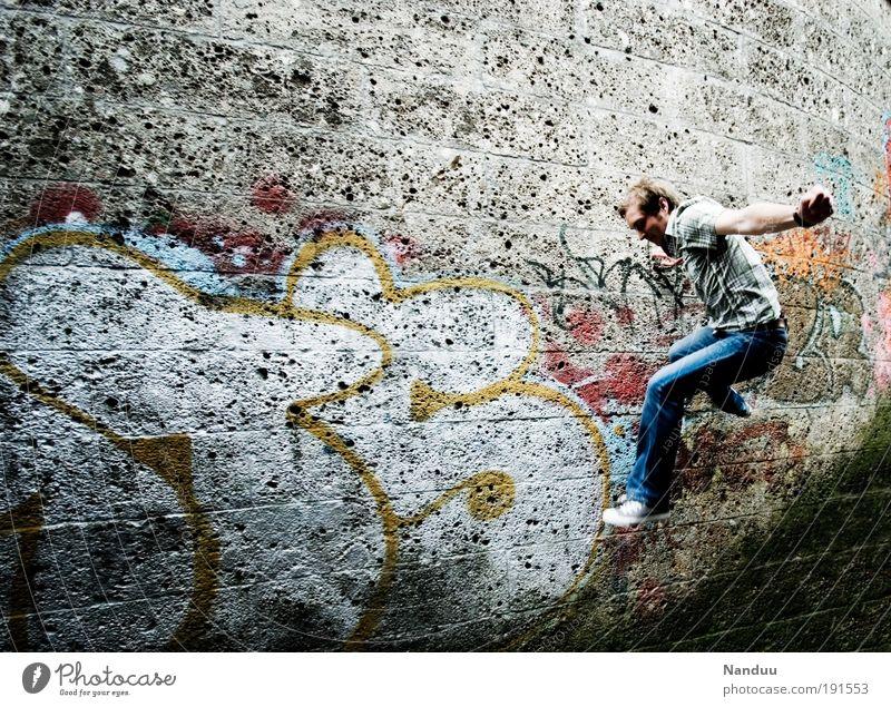 Hüpfer Mensch Jugendliche Stadt Wand springen grau Mauer Graffiti Erwachsene maskulin Kultur Kunst 18-30 Jahre