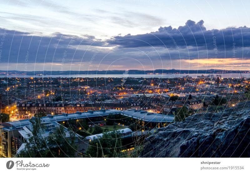 Es wird Nacht in Edinburgh Ferien & Urlaub & Reisen Sommer Stadt Erholung ruhig Ferne Architektur Umwelt Horizont Ausflug Schönes Wetter beobachten entdecken