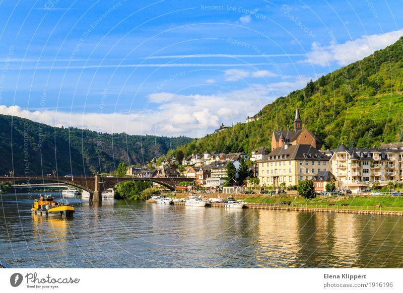 Moseltal Natur Landschaft Wasser Himmel Wolken Sommer Wetter Hügel Küste Flussufer Cochem Deutschland Eifel Rheinland-Pfalz Europa Dorf Kleinstadt Stadt