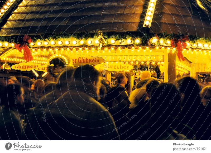 Weihnachtsmarkt-3 Weihnachten & Advent Beleuchtung Dienstleistungsgewerbe Weihnachtsmarkt Glühwein Weihnachtsbeleuchtung