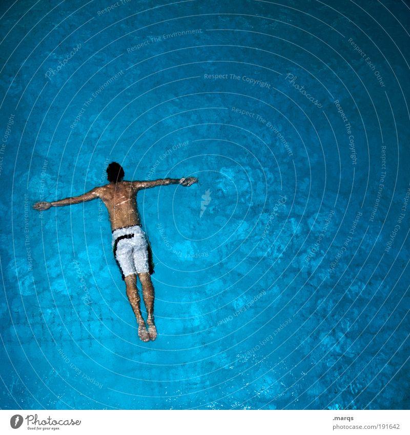 Toter Mann Jugendliche Wasser blau Ferien & Urlaub & Reisen Freude Erwachsene Erholung Tod Leben kalt Sport Gesundheit Körper Freizeit & Hobby Schwimmen & Baden maskulin