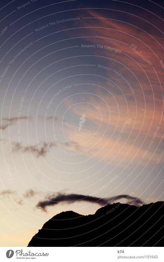 o.T. Landschaft Himmel Wolken Sonnenaufgang Sonnenuntergang Hügel Felsen Berge u. Gebirge Stein frei Farbfoto Außenaufnahme Dämmerung
