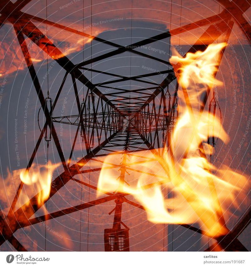 Ein Fall für Red Adair rot Brand Energie hoch Feuer Energiewirtschaft Elektrizität Kabel Technik & Technologie heiß Desaster brennen diagonal Flamme Strommast Schutz