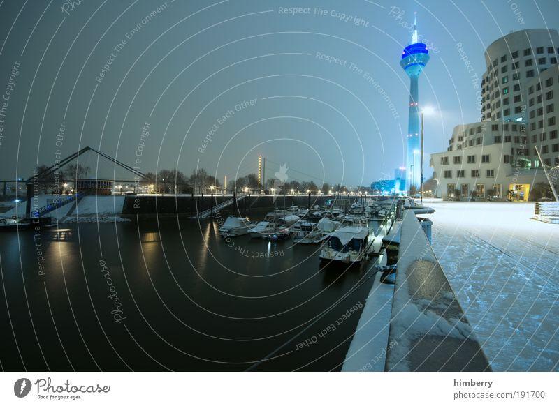 ice age blau Stadt Winter Schnee Architektur Gebäude Wetter Eis Fassade Design modern Energiewirtschaft Klima Zukunft Coolness