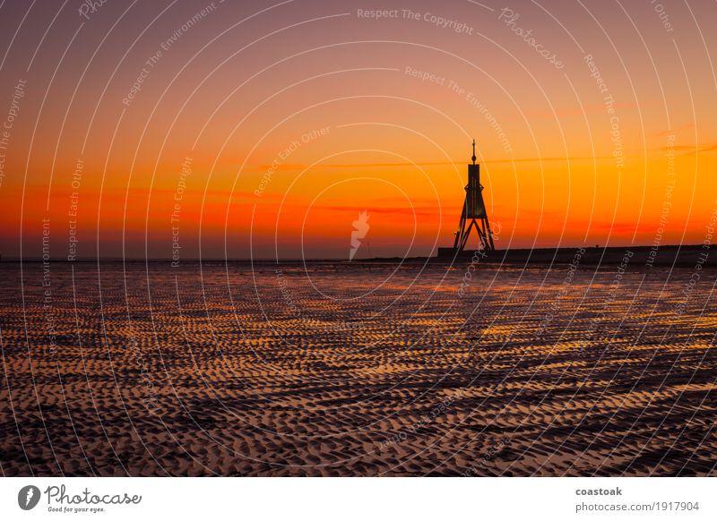 Kugelbake am Morgen Natur Wasser Himmel Wolkenloser Himmel Sonnenaufgang Sonnenuntergang Winter Küste Strand Nordsee Cuxhaven Hafenstadt Menschenleer Seezeichen
