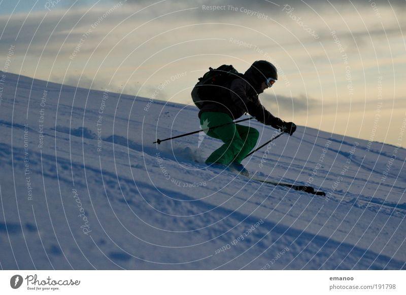 off-pist girl Mensch Natur Jugendliche Winter Freude Erwachsene Schnee Sport Berge u. Gebirge Bewegung Wetter Freizeit & Hobby wandern Klima ästhetisch