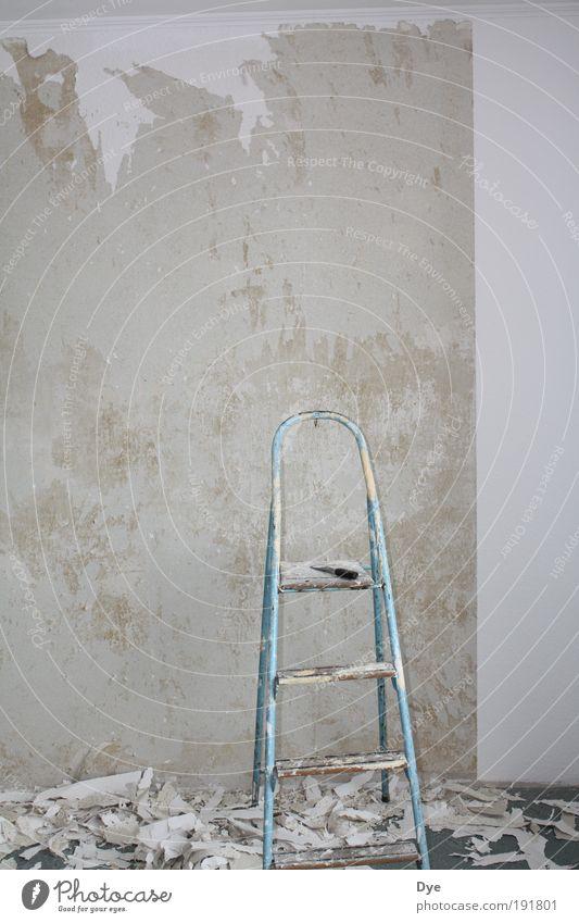 Tapetenwechsel weiß Arbeit & Erwerbstätigkeit grau Stein Metall Häusliches Leben Tapete Umzug (Wohnungswechsel) Renovieren Basteln Baustelle einrichten Neuanfang Hausbau Endzeitstimmung Tapetenwechsel