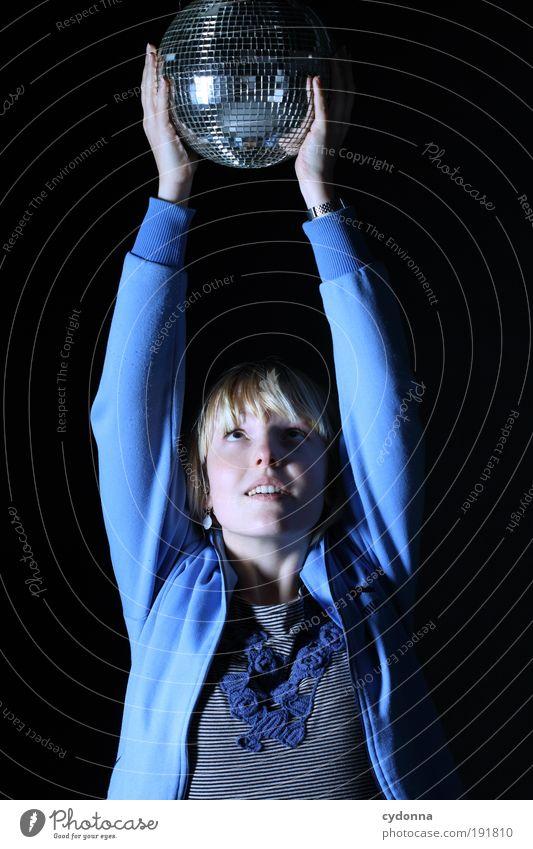 StopFunktion Frau Mensch Jugendliche Freude Gesicht Party Stil Musik träumen Tanzen Kraft Erwachsene Arme Design Zeit Lifestyle
