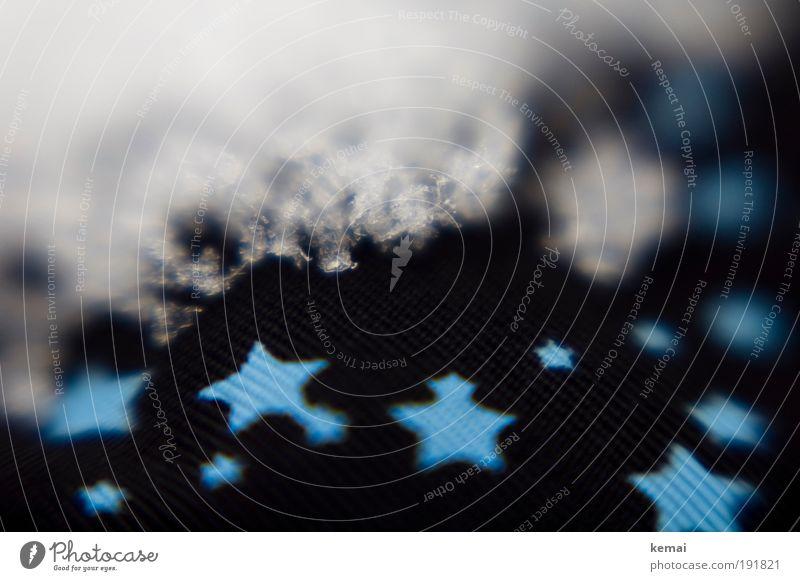 Kleine Sterne, große Sterne weiß blau Winter schwarz Schnee Eis glänzend Stern Bekleidung Stern (Symbol) Frost Stoff Jacke gefroren frieren Eiskristall