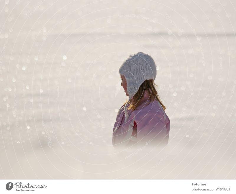 Wintermärchen Mensch Kind Natur Wasser Mädchen Winter Gesicht Umwelt kalt Landschaft Schnee Kopf Haare & Frisuren Luft Park Erde