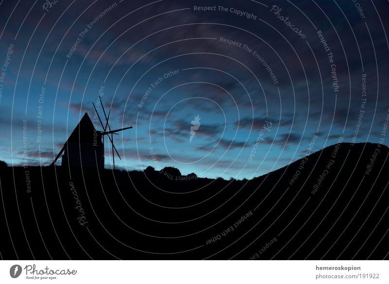 Windmühle Ruine Gebäude Wahrzeichen alt historisch blau Horizont Ferien & Urlaub & Reisen Tradition Umwelt Mühle Klinge Drehung Weizen Mehl Himmel Silhouette