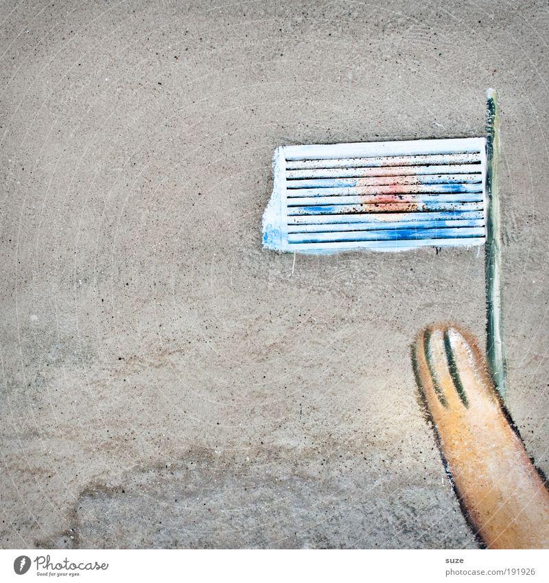 Bärenmarke alt Graffiti Wand Mauer lustig grau Fassade authentisch Beton Kreativität Idee Zeichen Frieden Fahne graphisch Anschnitt