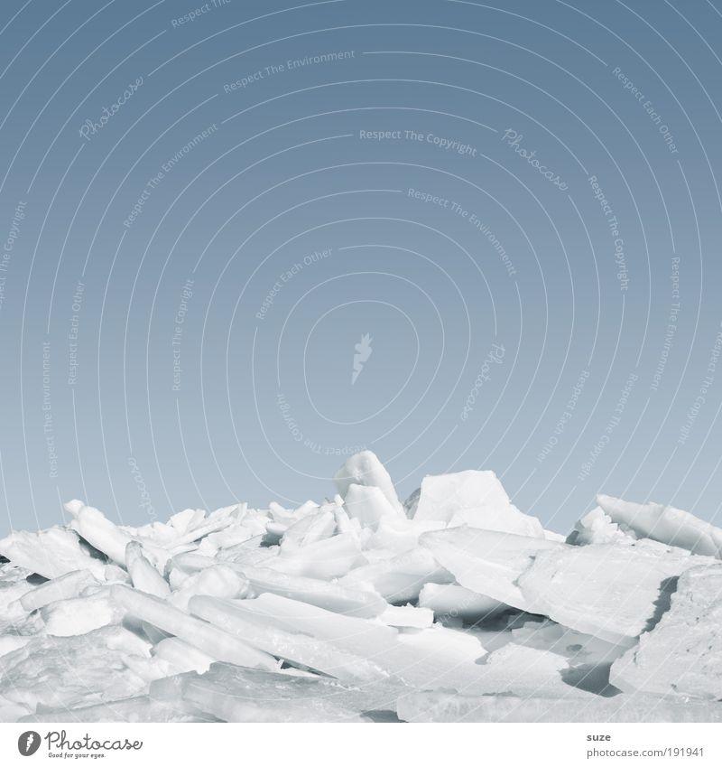 Eisschicht Umwelt Natur Landschaft Urelemente Himmel Wolkenloser Himmel Horizont Winter Klima Schönes Wetter Frost Schnee Küste Ostsee Meer außergewöhnlich