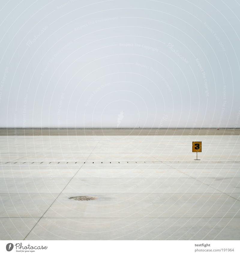 ruhe vor dem sturm Himmel Ferien & Urlaub & Reisen Ferne Freiheit Landschaft warten Luftverkehr einfach Flugplatz