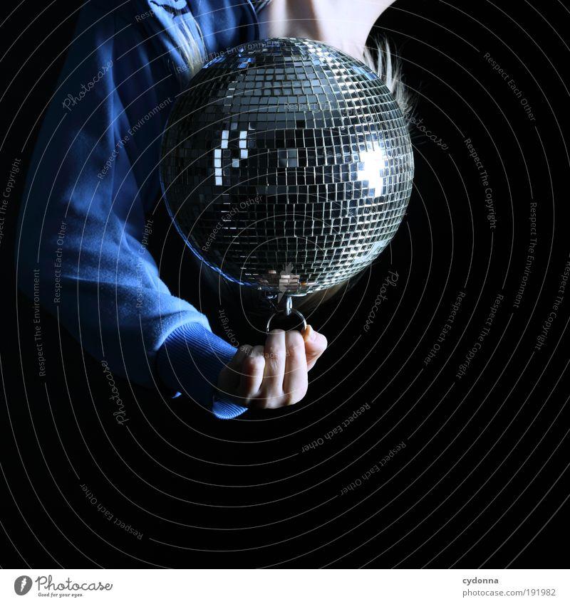 Abhängen Mensch Freude Erwachsene Freiheit Kopf Party Stil Musik Feste & Feiern Tanzen Arme Design Lifestyle einzigartig festhalten Bar