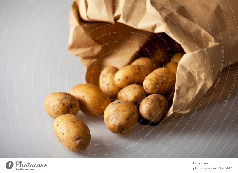 Nachtschattengewächsfrucht braun Lebensmittel gold Kochen & Garen & Backen offen Gemüse Tüte Kartoffeln roh Zutaten Vegetarische Ernährung Knolle